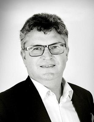 Dr. Karl Ibscher